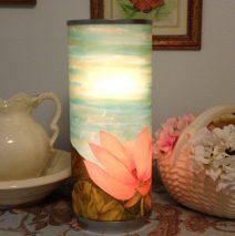 Mona's Lamp